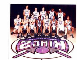 2001 2002 SACRAMENTO KINGS MIDDLE FINGER  8X10 TEAM PHOTO CA